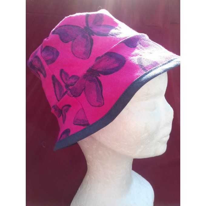 Chapeau rose papillon